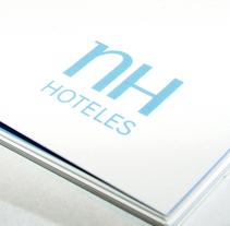 NH Hoteles. Un proyecto de Diseño, Ilustración y Publicidad de ememinúscula Mercedes Díaz Villarías - 06-09-2010