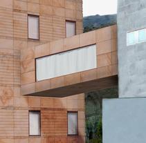 Fotomontaje nuevas instalaciones hospital. Un proyecto de Diseño, Publicidad y Fotografía de Juan Monzón - 31-01-2011
