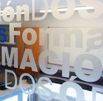 Diseño de vinilos. A Design&Illustration project by Christian González - 13-03-2011