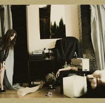 Lo Que Te Encuentras En Una Habitación. Un proyecto de Música, Audio, Instalaciones y Fotografía de Adriano V.         - 13.11.2011