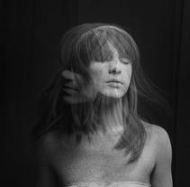 THE WOLRD COMES DOWN . A Photograph project by Daniela Garcia Rivas         - 15.10.2012