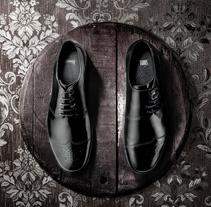Nuevo proyecto. Um projeto de Fotografia, Moda, Pós-produção e Design de calçados de Jordi Verbo         - 07.09.2014
