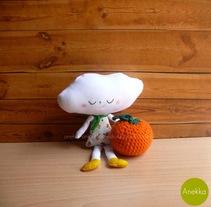 muñeco de trapo  NUBE. Un proyecto de Diseño de personajes y Diseño de juguetes de Ana  - 29-09-2014