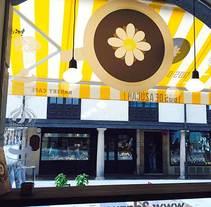 Dos de Azúcar Bakery Café en Oviedo. Un proyecto de Diseño e Ilustración de Sonia Sáez         - 19.07.2014