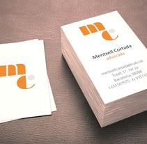 Meritxell Cortada diseño de logo y tarjetas . A Br, ing, Identit, and Graphic Design project by Patricia Ros - Nov 13 2014 12:00 AM