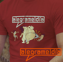 ALEGRAMELDÍA: Diseño e impresión de camisetas (marca registrada). Um projeto de Design, Ilustração, Direção de arte, Design gráfico e Serigrafia de Gonzalo Díaz-Merry         - 12.11.2015