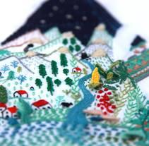 "Bordado para el libro ""Wonderland: un viaje maravilloso"". Um projeto de Ilustração, Artesanato e Artes plásticas de Señorita Lylo         - 22.11.2015"