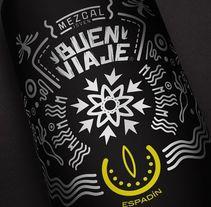 MEZCAL BUEN VIAJE. Un proyecto de Diseño, Dirección de arte, Artesanía, Diseño gráfico, Packaging y Diseño de producto de Eric Morales         - 03.02.2016