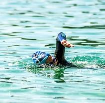Fotografía_deporte_natación en aguas abiertas. Un proyecto de Fotografía de FRANCESC AROMIR HERNÁNDEZ         - 22.04.2016