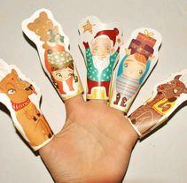 Christmas paper finger puppets. Un proyecto de Diseño, Ilustración, Diseño de juegos y Paper craft de Tamar         - 19.06.2016