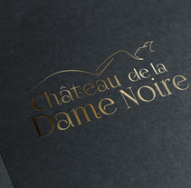 Chateau de la Dame Noire - Proyecto identidad corporativa. A Graphic Design project by Laura Fernández - 06-10-2016