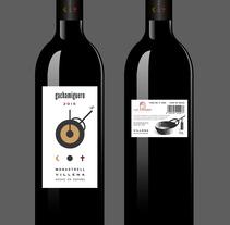 ETIQUETAS BOTELLAS VINO. A Design, Illustration, Br, ing, Identit, Graphic Design&Infographics project by Luis Gomariz         - 26.12.2016