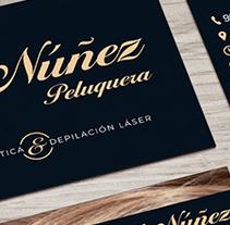 Peluquería Loli Núñez. Um projeto de Design e Design gráfico de San Gráfico         - 15.02.2017
