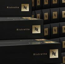 CGI / 3D Nespresso. Um projeto de Fotografia, 3D e Retoque digital de Alx & Vct         - 08.03.2018