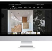 Diseño web para Clínica Dental. Um projeto de Web design de ALUNARTE diseño y comunicación         - 01.03.2018